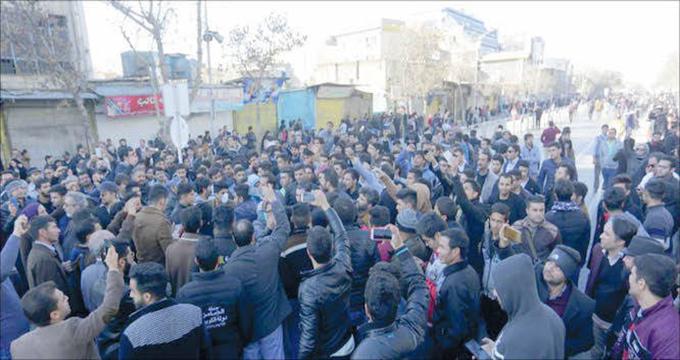 گزارشی از تجمعات اخیر مردم در برخی شهرها