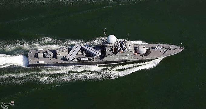 """""""سپر"""" جدیدترین ناو موشک انداز نیروی دریایی ارتش"""