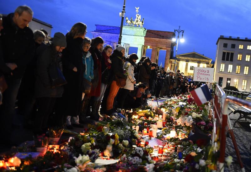 بمبگذاری در قلب فرانسه و کشته شدن ۱۲۹ نفر