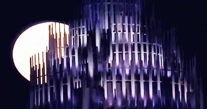 ویدئو/ بازتاب پدیده «ابرماه سرخآبی» در رسانههای خارجی