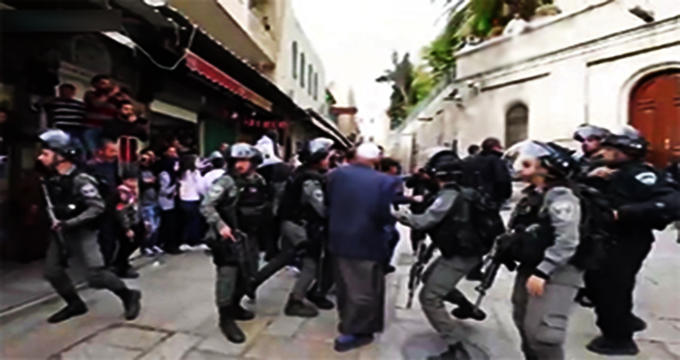 ویدئو/ یورش وحشیانه نظامیان صهیونیستی به نیروهای امدادی در فلسطین