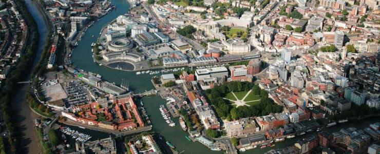 بریستول؛ شهری با سیستمعامل مخصوص خود