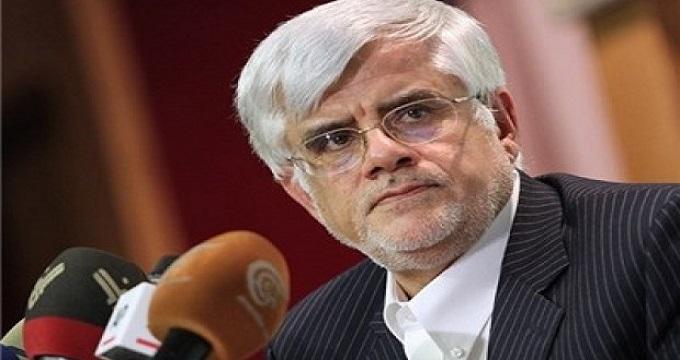 عارف: هتک حرمت عاشورای 88 را محکوم میکنیم