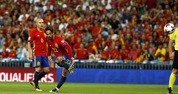 گل اول اسپانیا به مراکش (ایسکو)