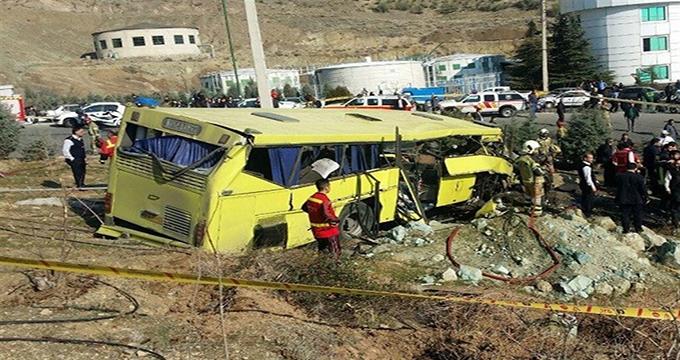 فیلم / واژگونی اتوبوس در دانشگاه علوم تحقیقات