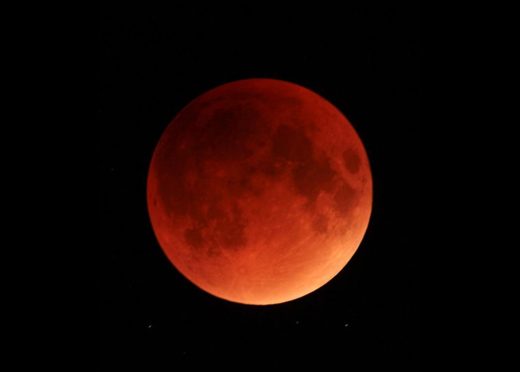 ماه خونآلود