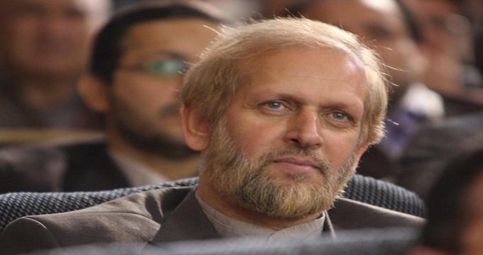 توصیه یار دیرین احمدی نژاد برای بستری کردن وی در آسایشگاه روانی!