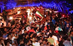 فیلم / شورشوق مردم از بازیهای قدرتمندانه ایران در جامجهانی