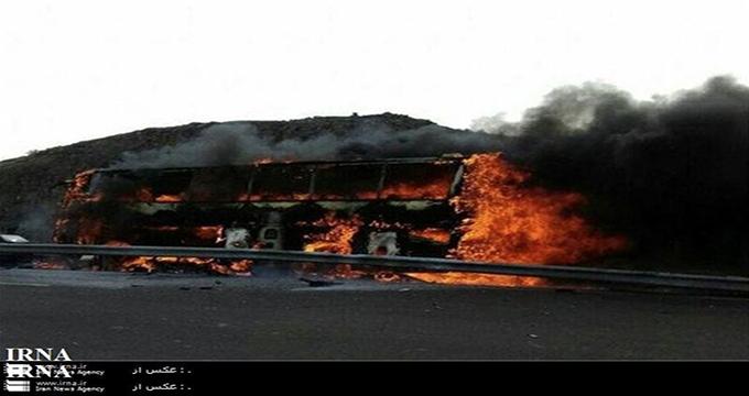 تصاویر دلخراش از حمله تروریستی به اتوبوس سپاه