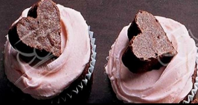 شیرینی ها/ «کاپ کیک قلبی شکلاتی»، مخصوص تولد همسرتان