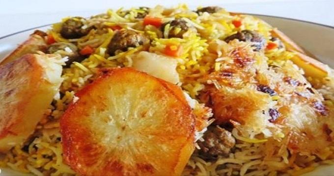 غذای اصلی. کلم پلو شیرازی، مخصوص شب یلدا