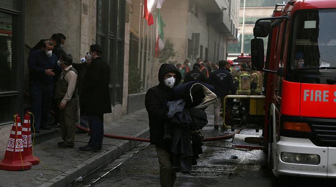 لحظات آتشسوزی ساختمان وزارت نیرو