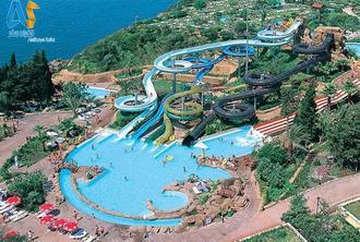 پارک آبی در آنتالیا