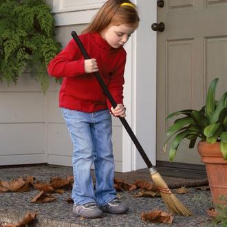 kid&broom