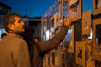 گزارش تصویری برگزاری نمایشگاه گروهی خیابانی عکس زحمتکشان