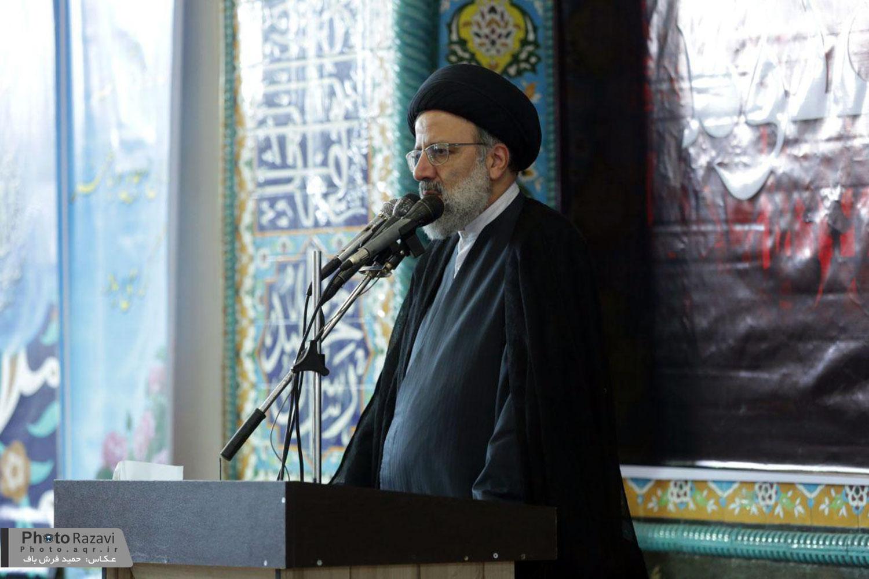 گزارش تصویری: سخنرانی حجت الاسلام رئیسی در مراسم عزاداری امام باقر(ع) مهدیه سربیشه بیرجند