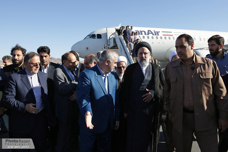 گزارش تصویری: ورود حجت الاسلام رئیسی تولیت آستان قدس رضوی به بیرجند
