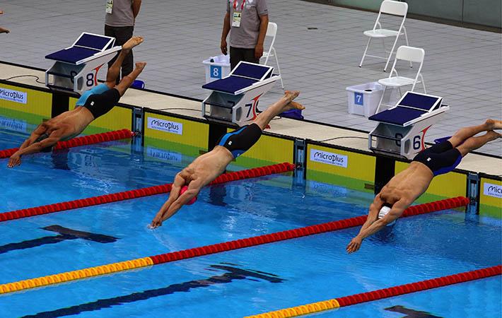 در گردهمایی کشورهای اسلامی تیم ها در بخش شنا رقابت کردند