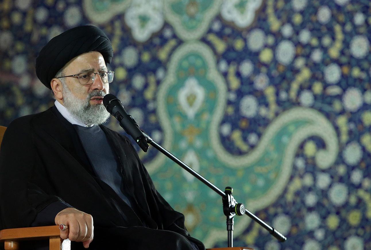 امروز انقلاب اسلامی بیش از هر زمانی در عالم رونق و دلداده دارد
