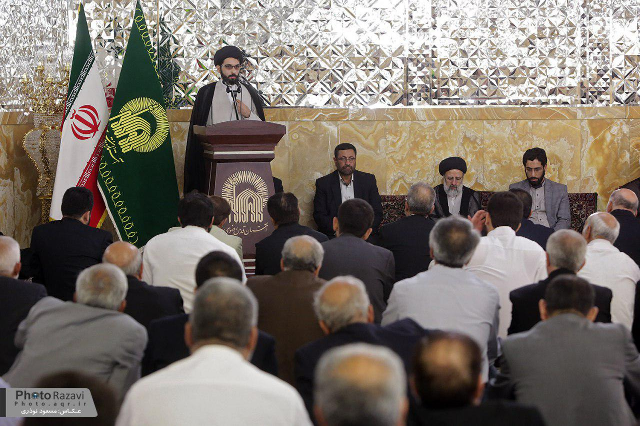 گزارش تصویری : دیدار حجت الاسلام سید ابراهیم رئیسی با اعضاء کاروانهای زیر سایه خورشید