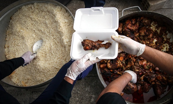 از روی دست بزرگترها؛ آموزش پخت غذای نذری