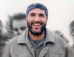 متوجه شدیم این برادر خود احمد کاظمی است …
