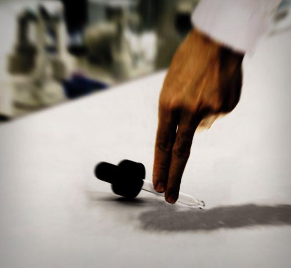 http://bayanbox.ir/view/2441197483712755035/magnusen-hand.jpg