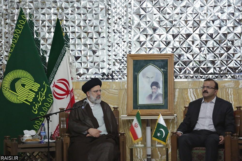 راهبرد نظام جمهوری اسلامی ایجاد وحدت و انسجام بین کشورهای اسلامی است