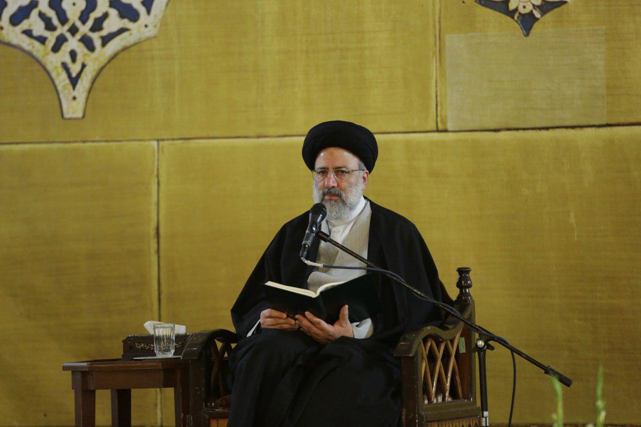 حجت الاسلام رئیسی: گناه نمی گذارد درک انسان درست باشد