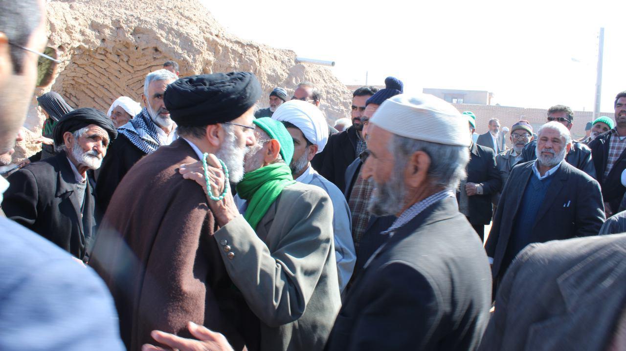 حضور حجت الاسلام و المسلمین رئیسی در شهر قاین