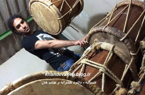 عکسهای گوینده جناب خان و رضا یزدانی در بین عزاداران بوشهری