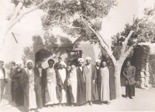 حضوریکی ازمراجع تقلیددرشهردیزیچه-سال 1354-مسحداعظم