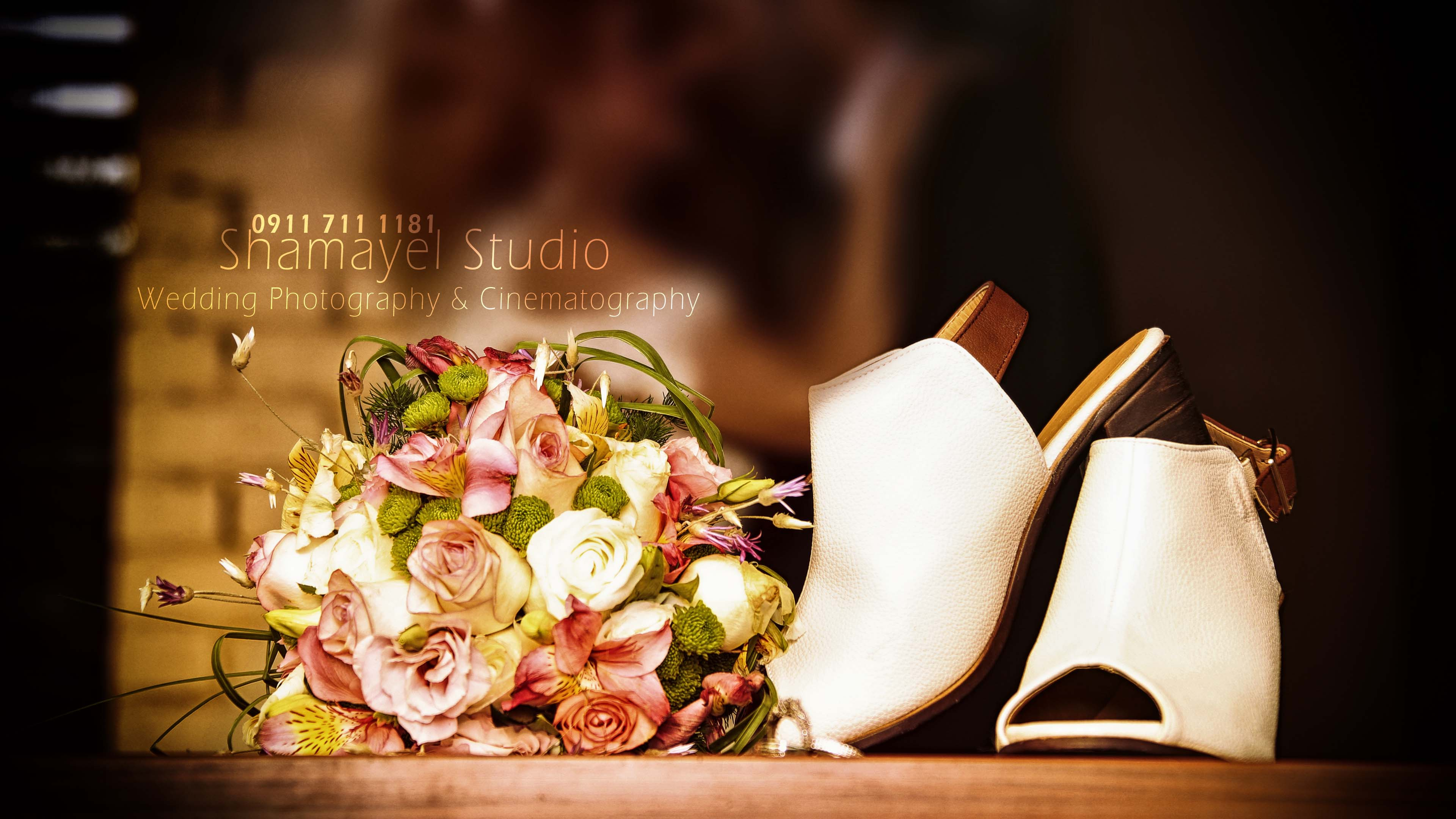 کفش و دسته گل عروس