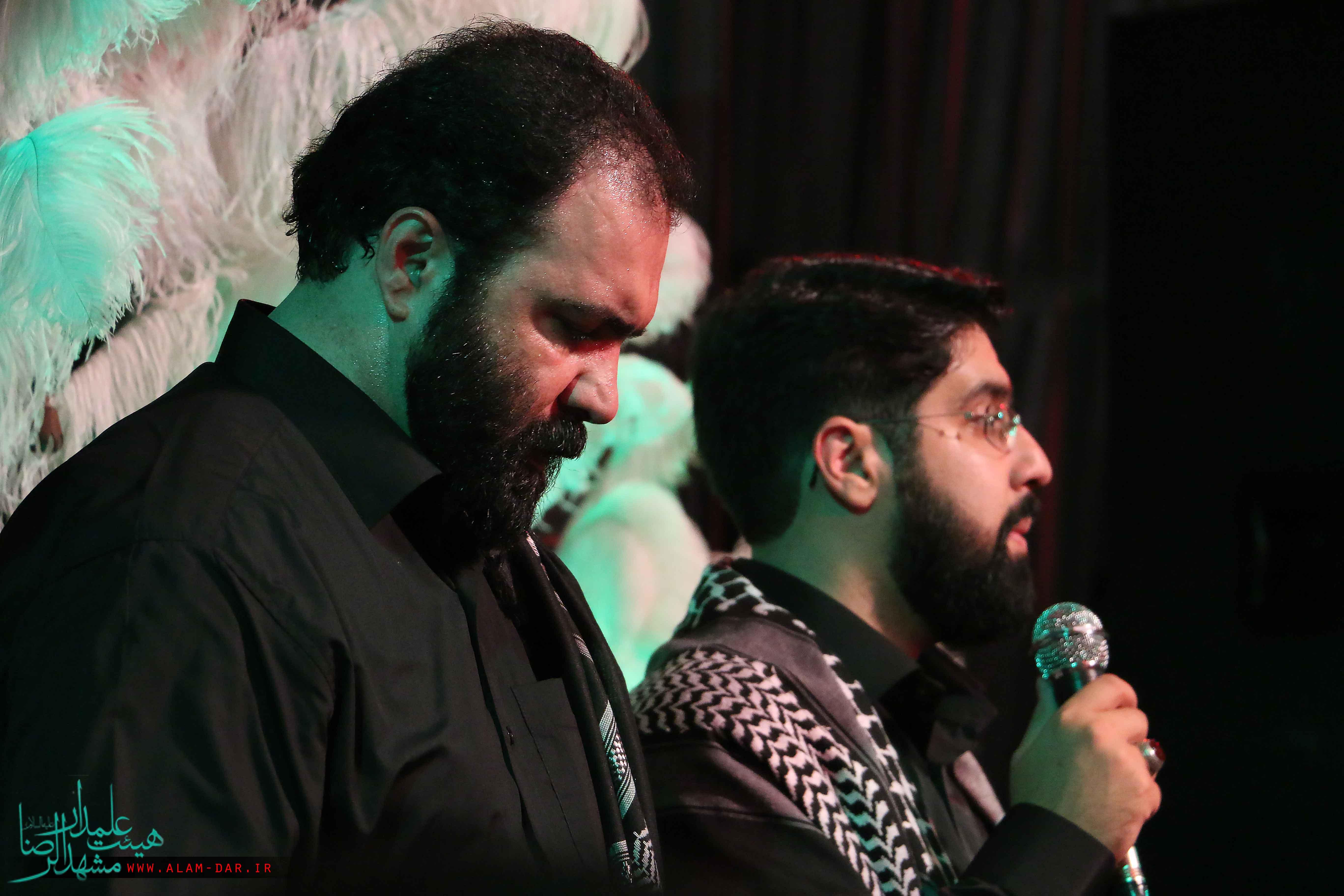http://bayanbox.ir/view/3388648799337087187/shab-1-moharam-94-heiat-alamdar.jpg