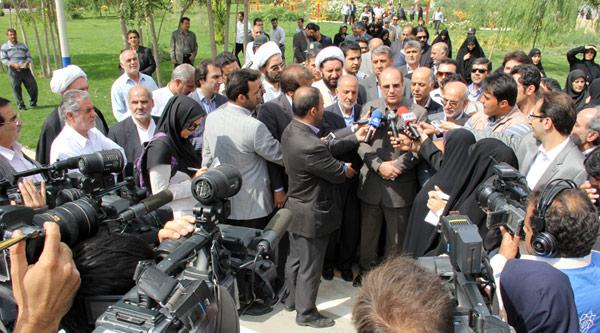 مراسم افتتاح بوستان بانوان نرگس در منطقه ١٨