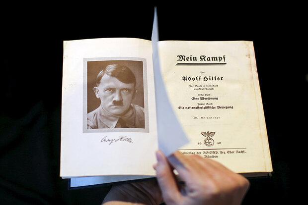 بررسی ریشههای تنفر هیتلر از مارکسیسم و یهودیت/در ضدّیت دموکراسی