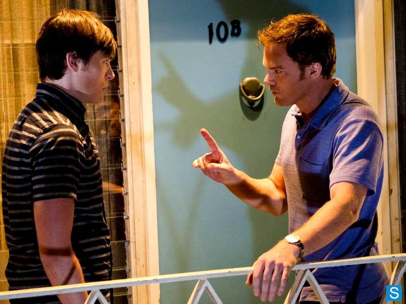 دانلود زیرنویس فصل نهم سریال دکستر Dexter s9 4