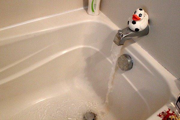 رفع گرفتگی وان حمام در آجودانیه