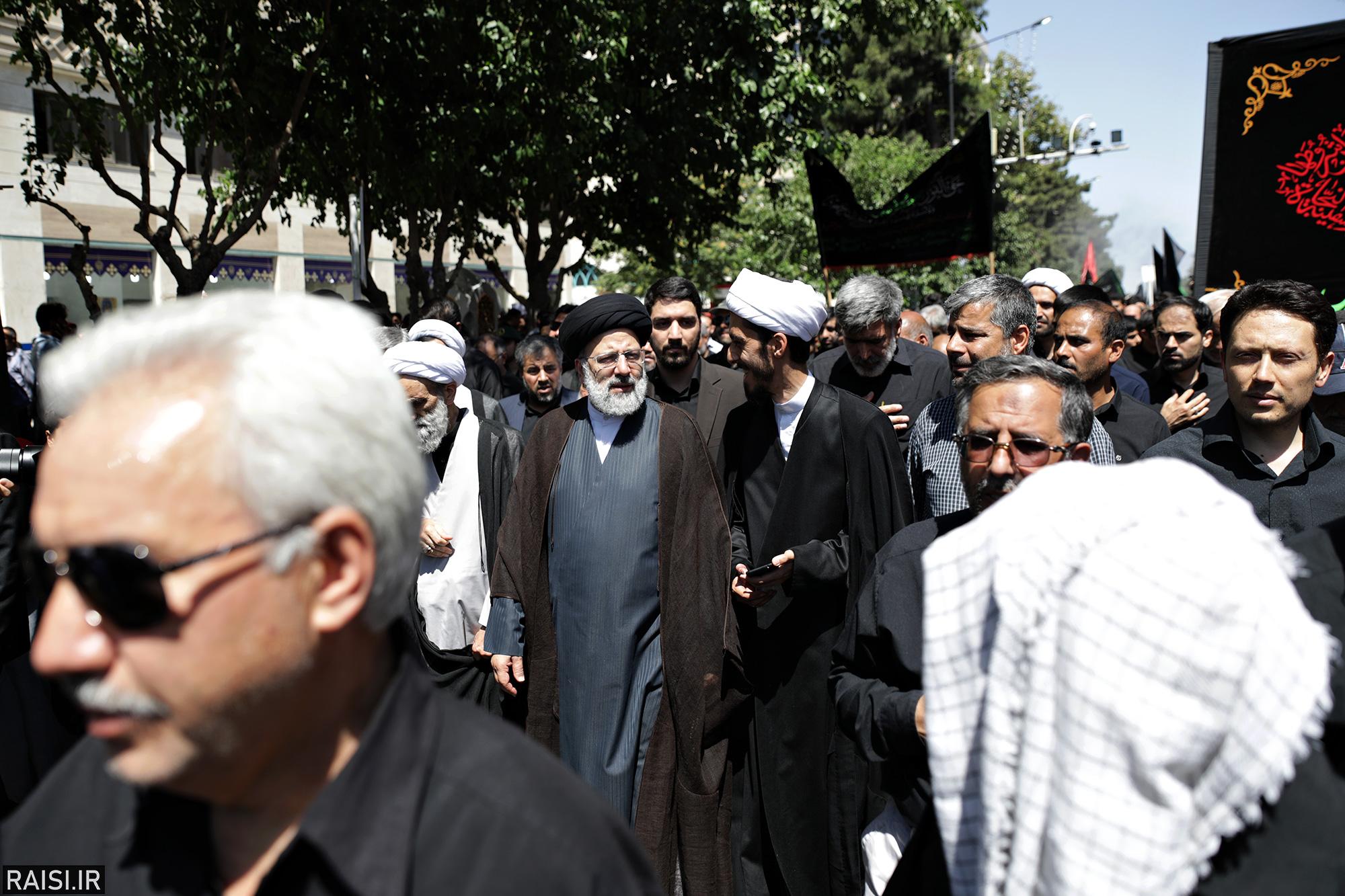 حضور تولیت آستان قدس رضوی در اجتماع عظیم صادقیون مشهد