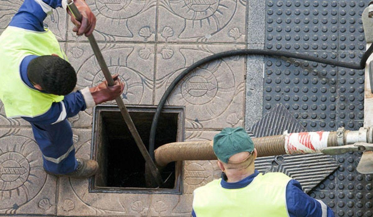 نیروهای متخصص تخلیه چاه شبانه روزی