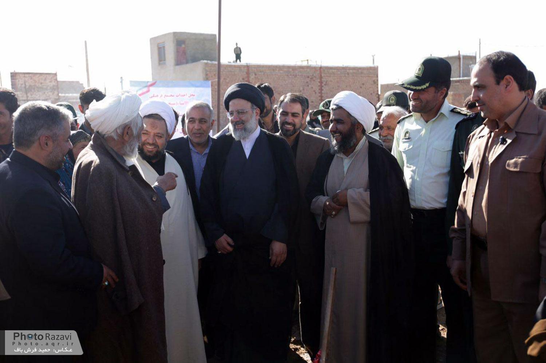 گزارش تصویری: مراسم کلنگ زنی مسجد و مجتمع فرهنگی خاتم الأنبیاء شهرستان سربیشه