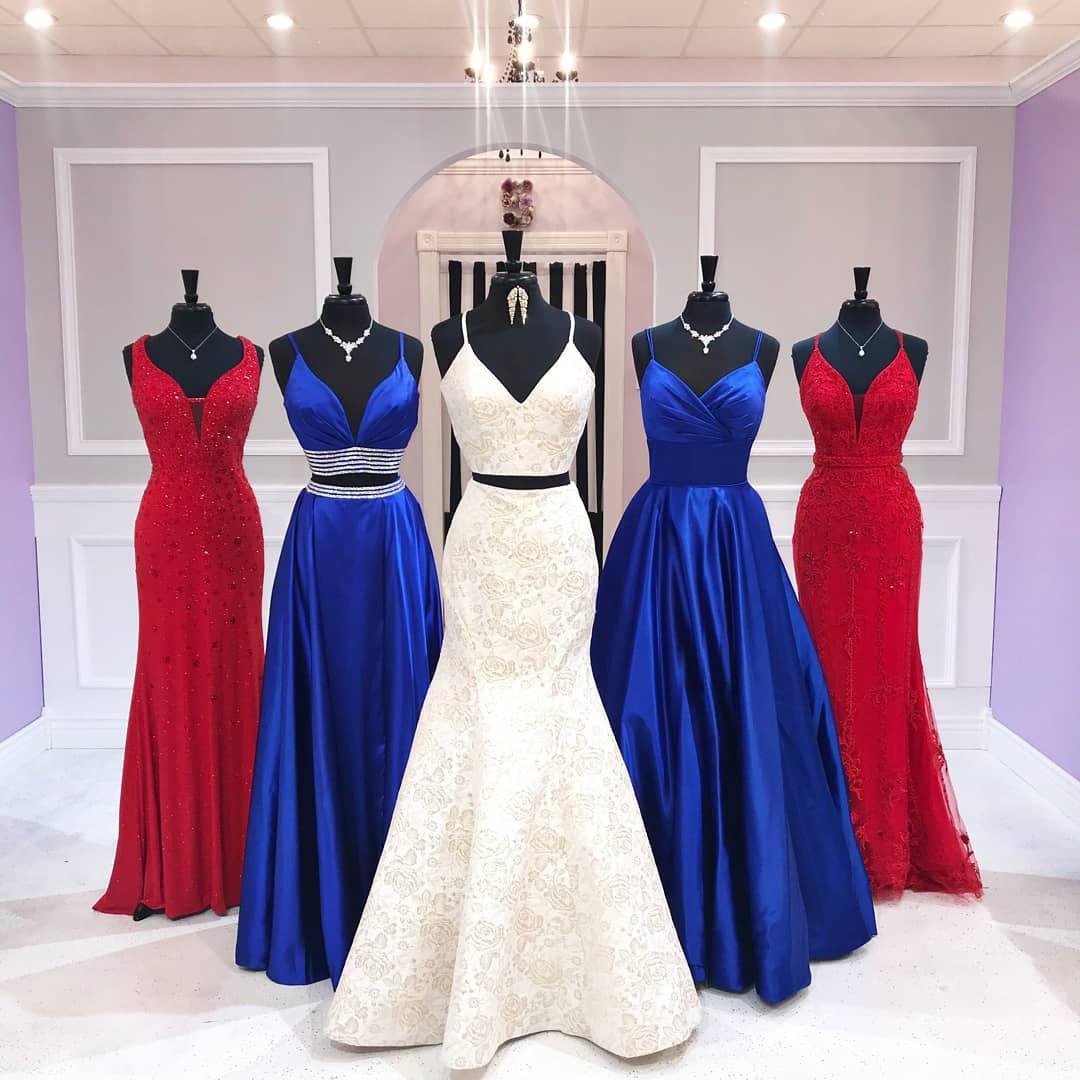 مدل لباس ساقدوش عروس آبی قرمز