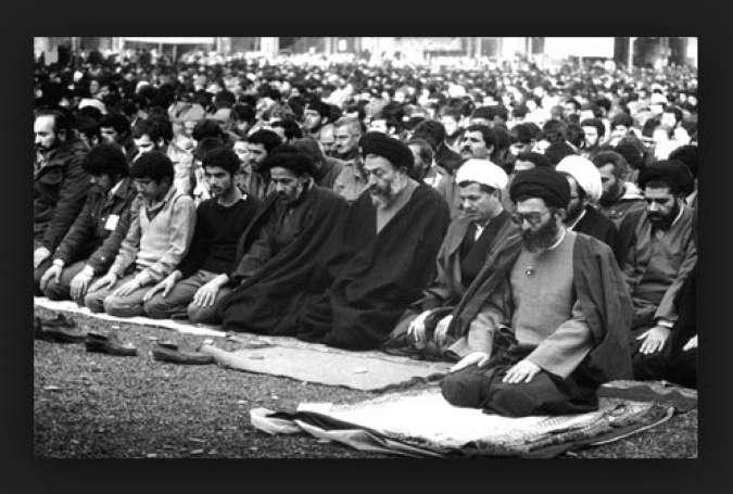 نماز جمعه انقلابی به امامت آیت الله خامنه ای
