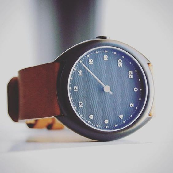 http://bayanbox.ir/view/4740993529765373516/cool-slow-watches-clockwize-watch-shop......jpg