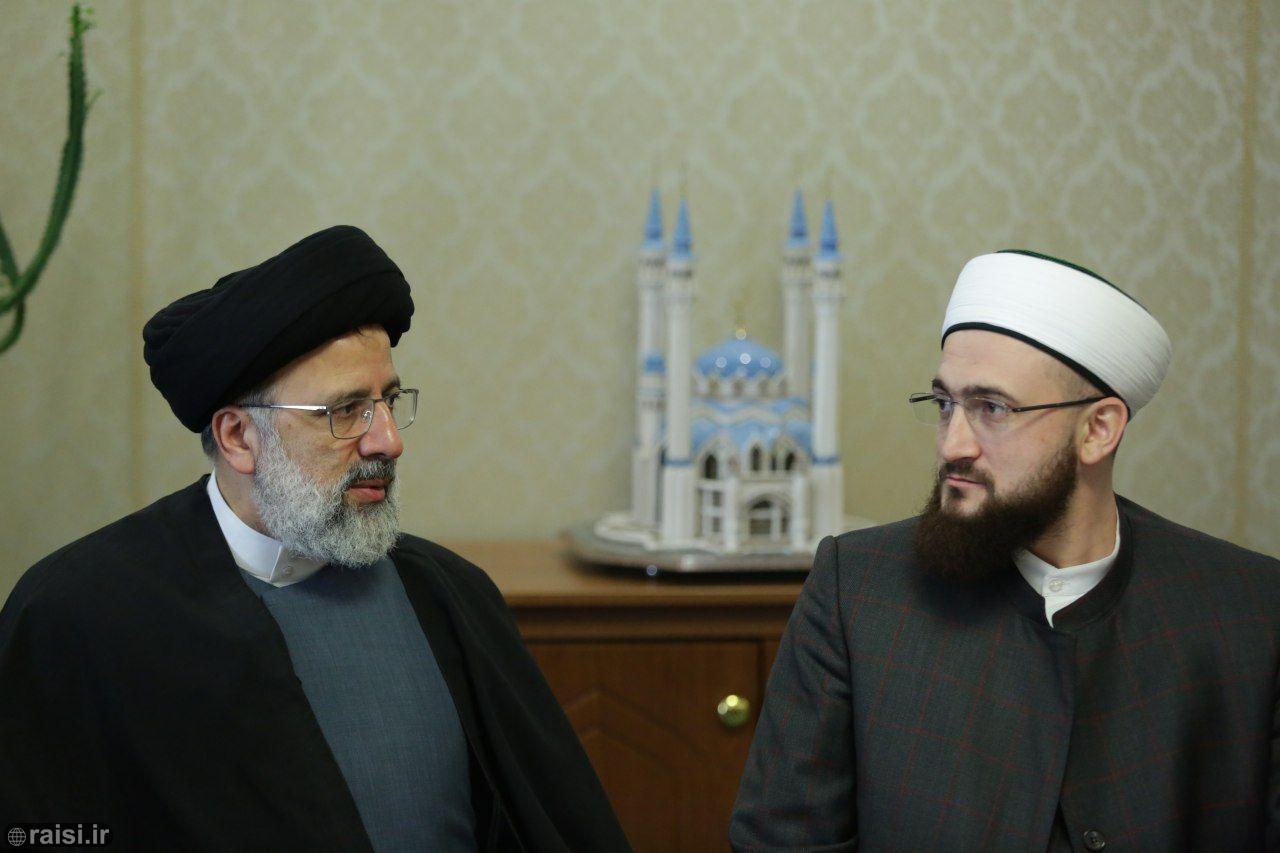 وظیفه مراکز فرهنگی جهان اسلام مصونسازی مسلمین در برابر تهاجم غرب و تکفیریهاست