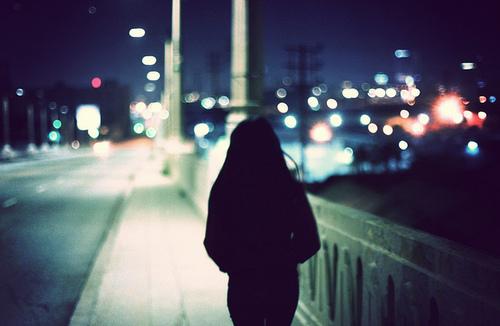 رمان شب زدگان-بهاره حسنی