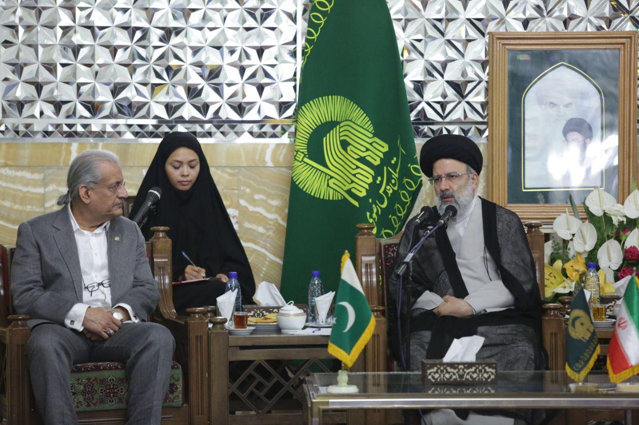 گزارش تصویری دیدار رئیس مجلس سنای پاکستان و هیئت همراه با تولیت آستان قدس رضوی