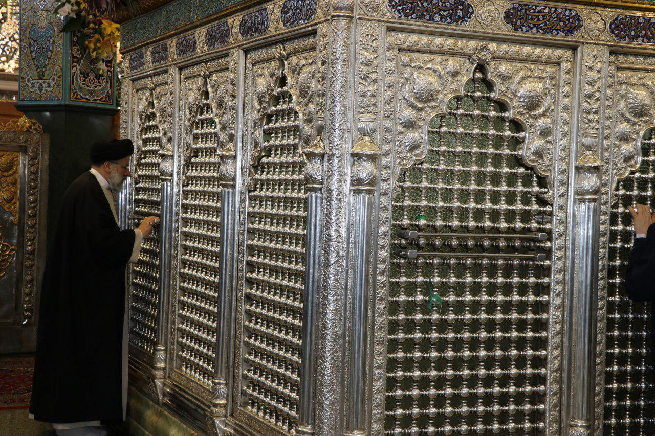 تولیت آستان قدس رضوی همزمان با ایام ولادت حضرت زینب(س) به سوریه سفر کرد