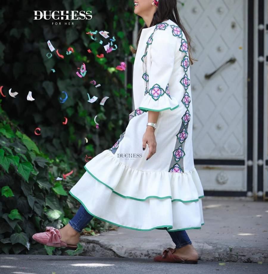 مدل مانتو سفید سنتی تابستانی 2019