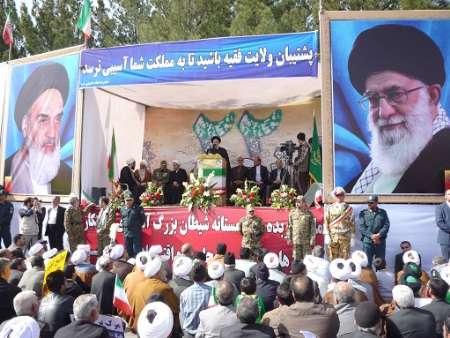 مذاکرات باحفظ عزت و اقتدار نظام باشد/ تحریم ها بایدیکباره لغو شود